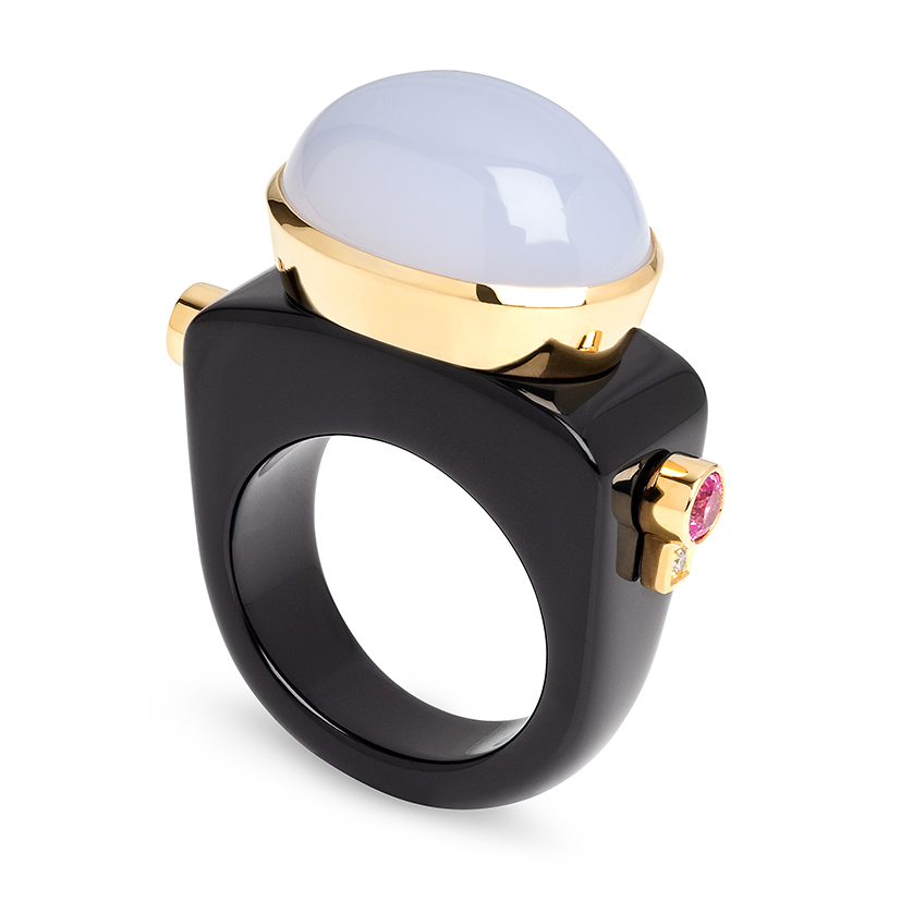 Dolce-Vita-onyx-ring-set-with-blue-chalcedony-pink-sapphires-diamonds-18k-gold-copy